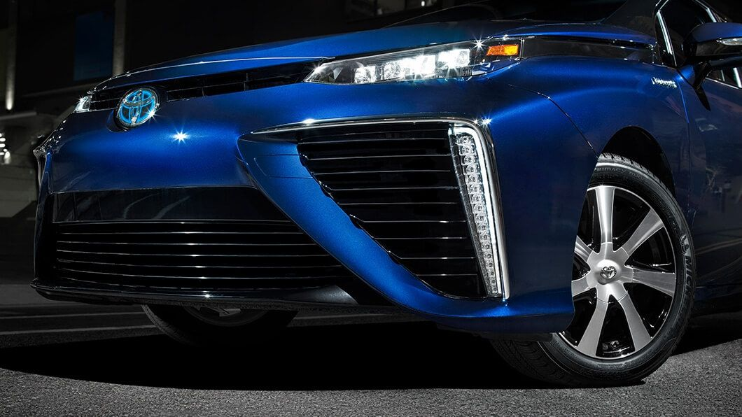 Toyota-Mirai-exterior