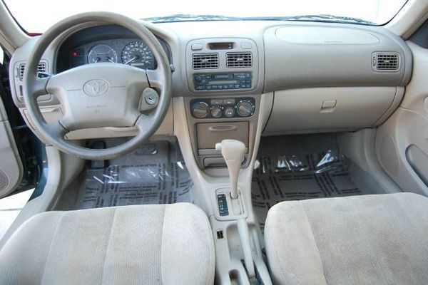 2001-Corolla-Dashboard-View