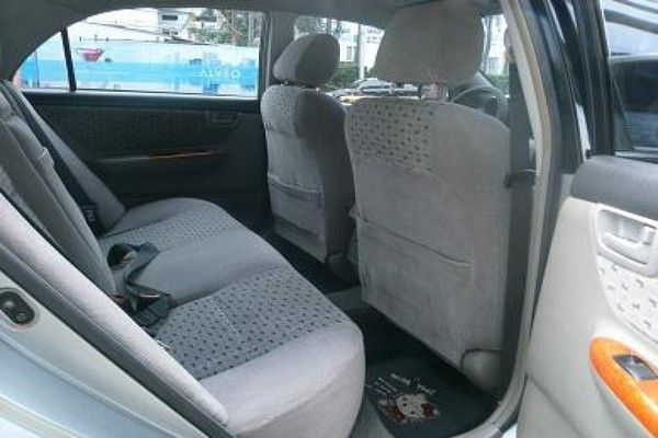 2001-Toyota-Corolla-rear-row-seats
