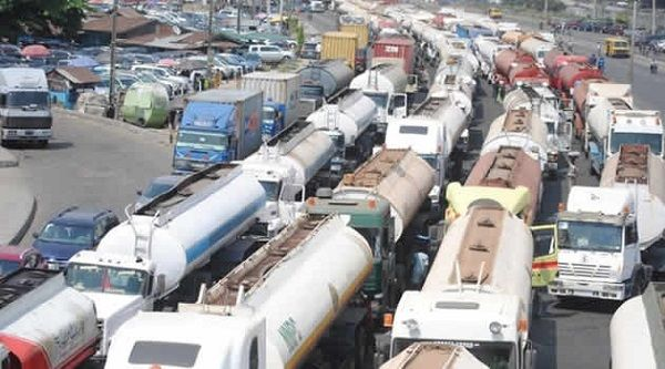 Trailers-cause-traffic-jam