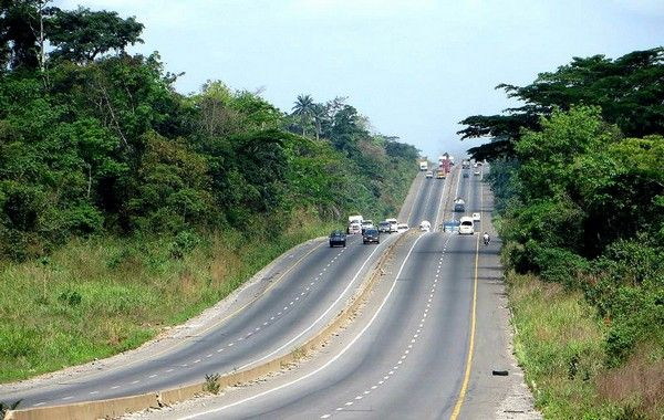 benin-lagos-road