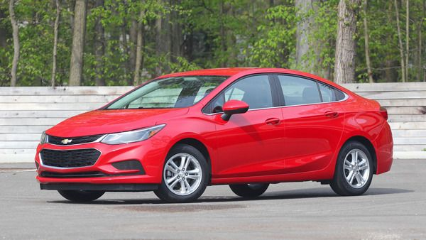 2017-chevy-cruze-red-partial-side-view