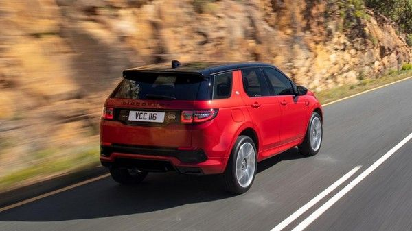 2020-land-rover-discovery-sport-rear