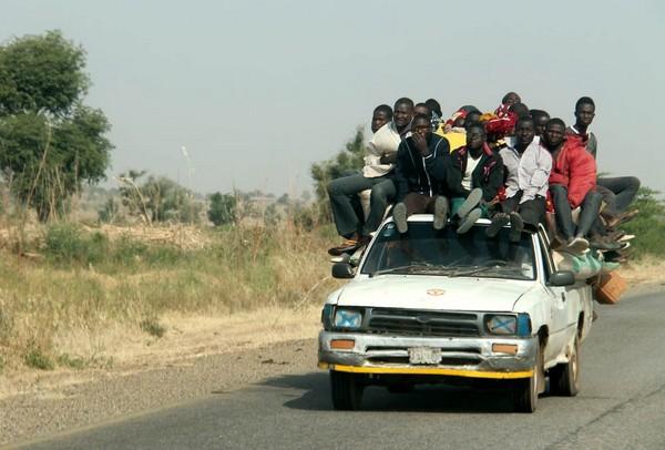 overloaded-car-numan-adamawa-highway