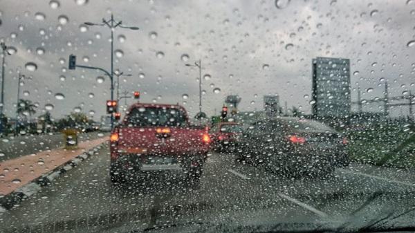 cars-in-rain