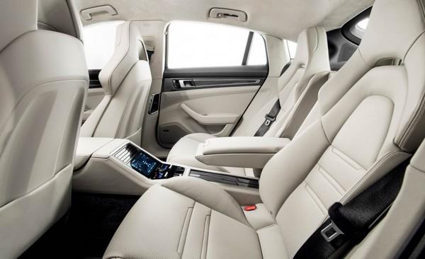 porsche-panamera-turbo-interior