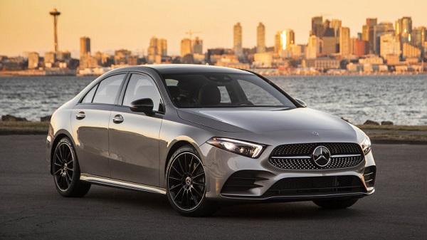 2019-Mercedes-Benz-A-220
