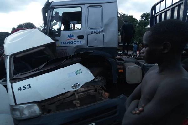 Dangote-truck-and-Toyota-Hiace-crashed
