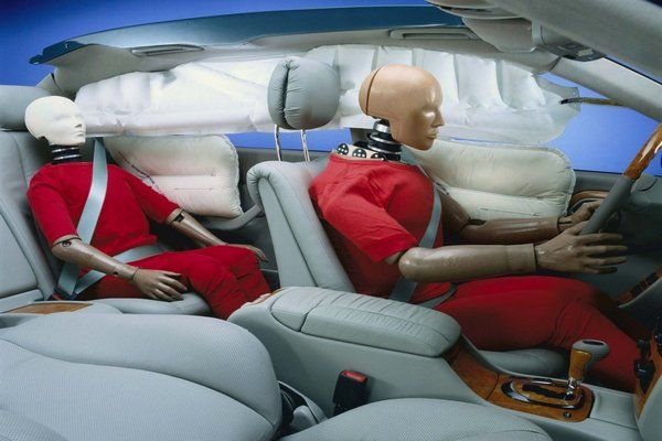 historic-mercedes-airbags