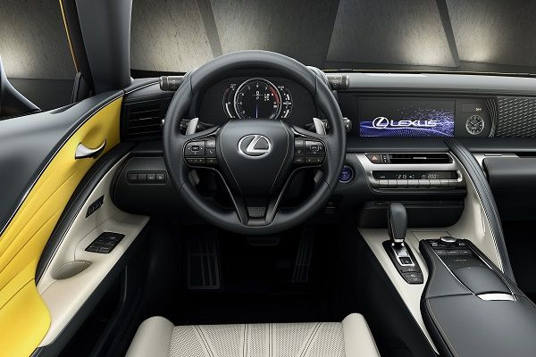 2019-lexus-lc-yellow-edition-interior