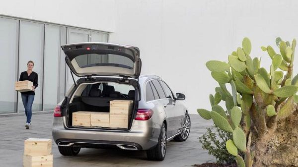 image-of-2019-mercedes-amg-c43-estate-trunk-space
