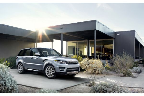 Similar-Range-Rover-owned-by-Naguib