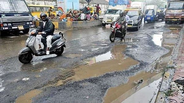potholes-on-lagos-road