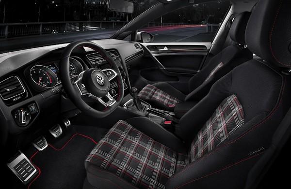 2019-volkswagen-golf-gti-interior
