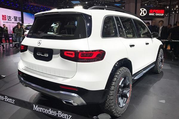 rear-of-2020-Mercedes-GLB