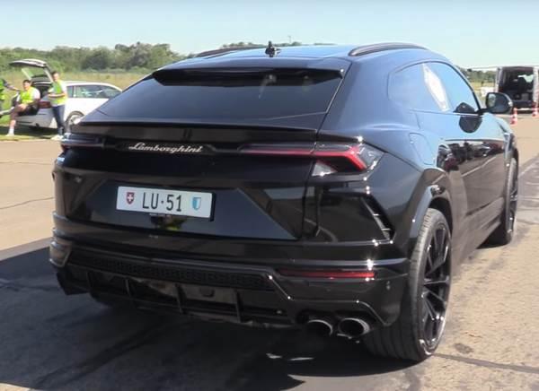 rear-end-of-the-lamborghini-Uus-2018