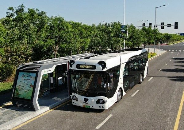 image-of-self-driving-bus-in-china