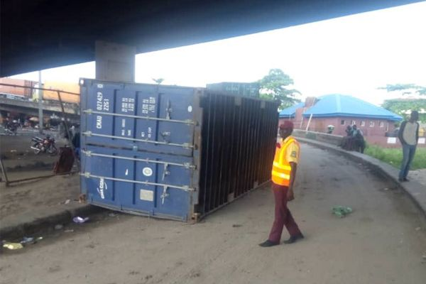 LASTMA-official-near-container