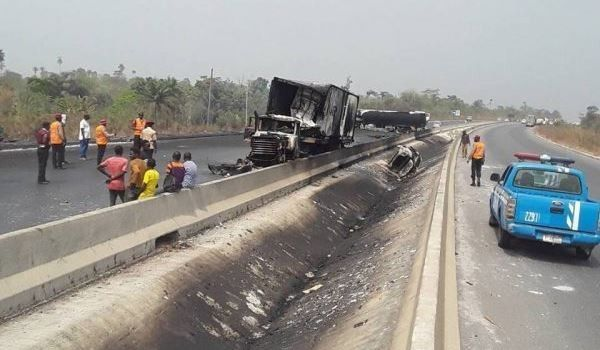 explosion-on-lagos-ibadan-expressway