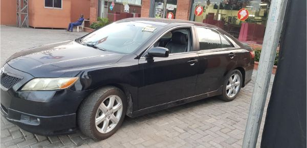 toyota-camry-2007-muscle