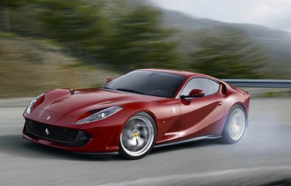 Ferrari-812-Superfast-running-fast