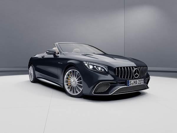 Mercedes-AMG-S65-Cabriolet-on-display