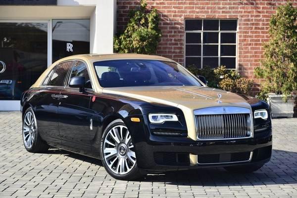 Rolls-Royce-Ghost-in-the-yard