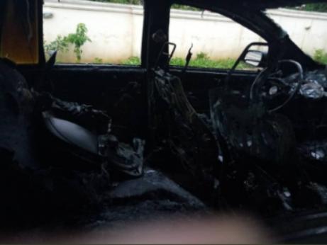 car-burnt