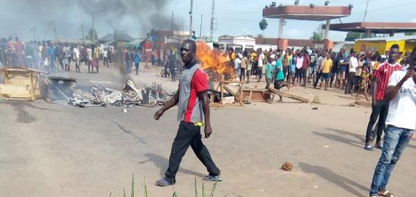 Benin-Ore-expressway-blocked
