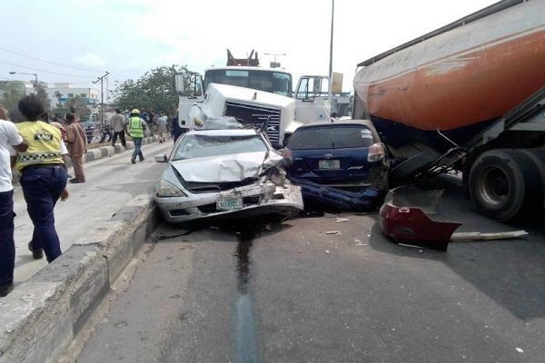 FRSC-officers-at-road-accident-scene