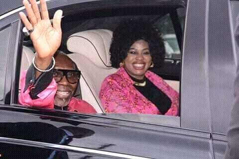 Pastor-Ayo-Oritsejafor-and-wife-in-his-car