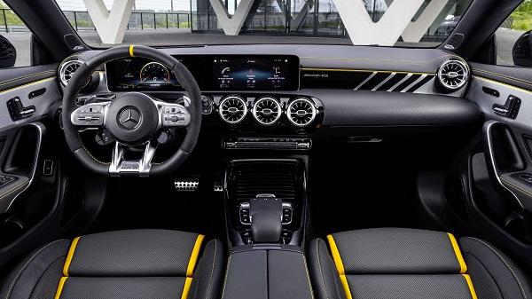 2020-Mercedes-AMG-CLA-45-interior