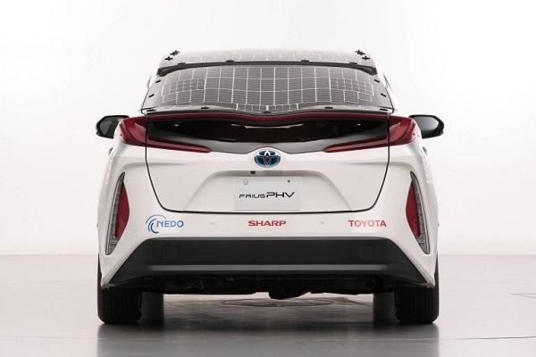 Rear-Toyota-Prius-demo-car