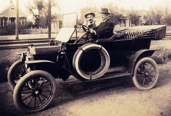 1913-model-t-ford