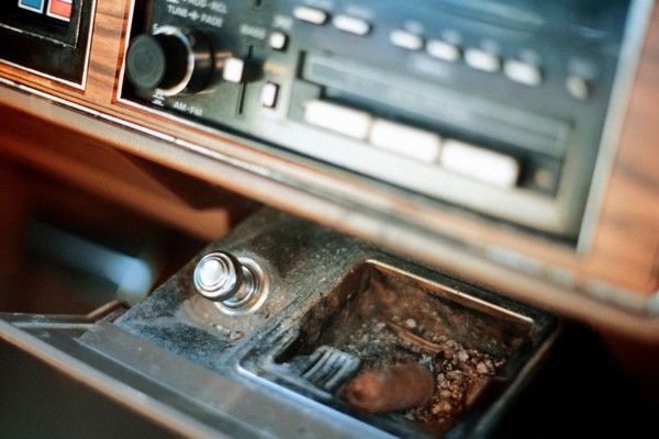 ash-tray-and-lighter-in-car