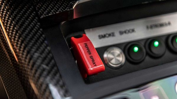 AddArmor-Audi-RS7-Sportback-pepper-spray-trigger