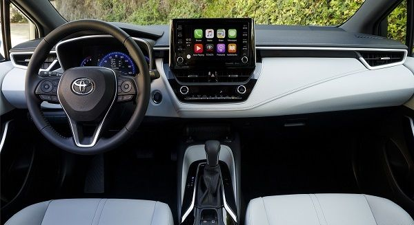 Infotainment-system-of-Corolla-Hatchback