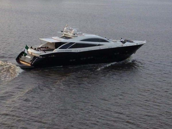 Aliko-Dangote-Luxurious-Yacht