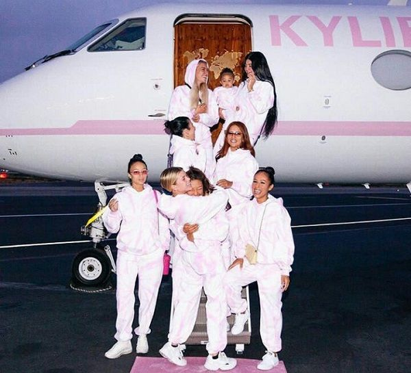 Kylie-Jenner-and-friends-family-summer-trip-in-customized-private-jet
