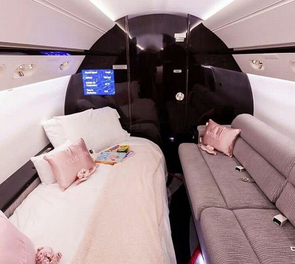 Luxurious-interior-of-Kylie-Jenner-customized-private-jet