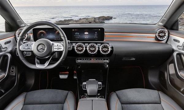 The- interior-of-Mercedes-AMG-CLA-45-Shooting-Brake