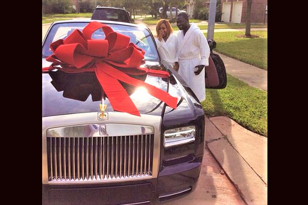 Asba-Ayiri-Emami-and-husband-checking-out-Rolls-Royce-Phantom-Drophead