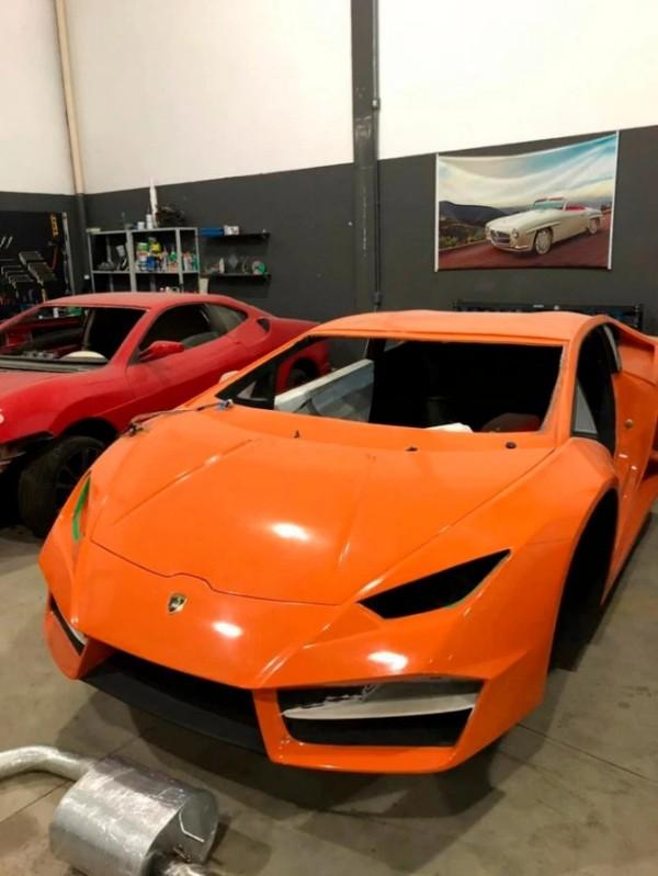 Fake-Lamborghini-Aventador