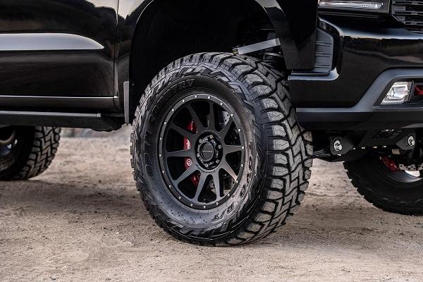 Hennessey-Goliath-6x6-wheels