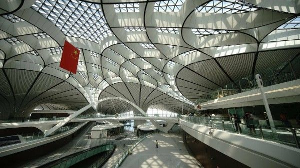 Roof-view-from-inside-the-Beijing-Daxing-International-Airport-terminal