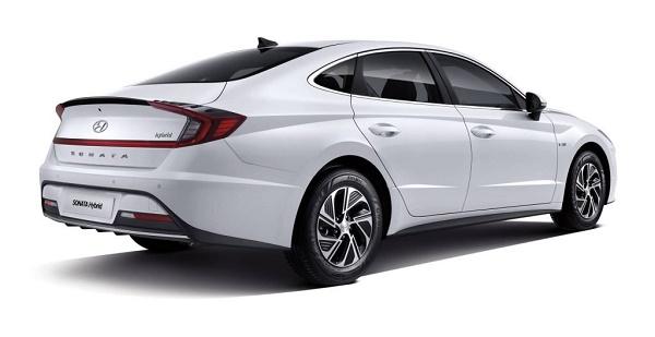 2020-Hyundai-Sonata-Hybrid-rear