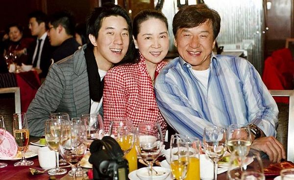 imag-of-jackie-chan-family
