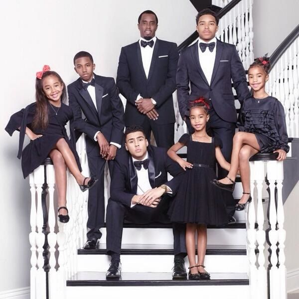 image-of-Sean-combs-family-picture