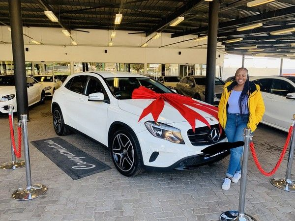 south-african-lady-gets-birthday-car-from-her-mother