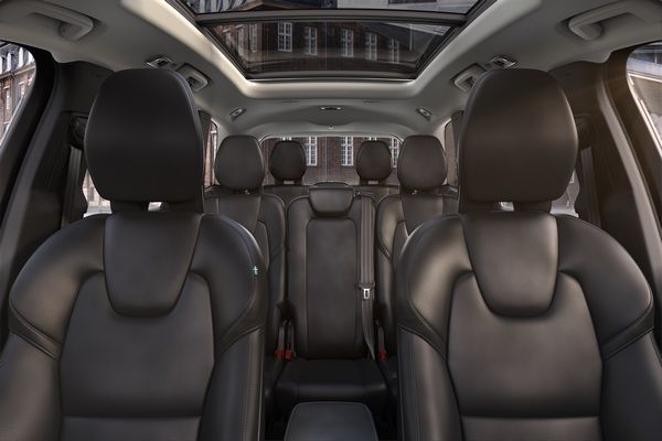 volvo-xc90-armoured-seats